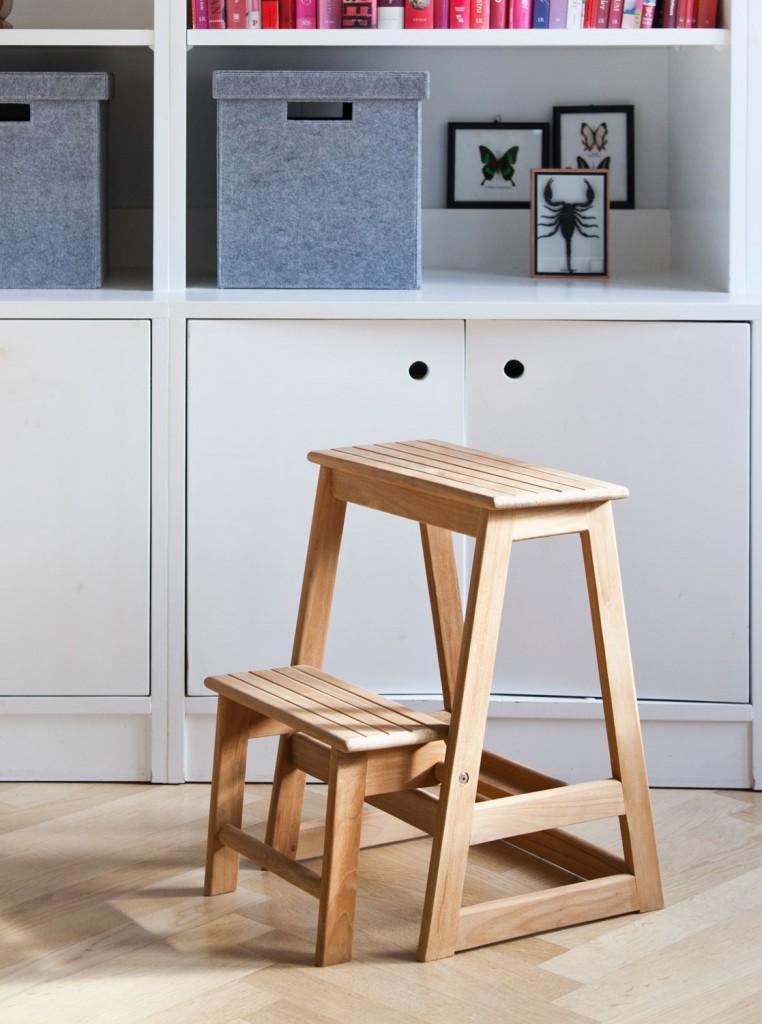 trittleiter tritthocker cinas aus sch nem teakholz. Black Bedroom Furniture Sets. Home Design Ideas