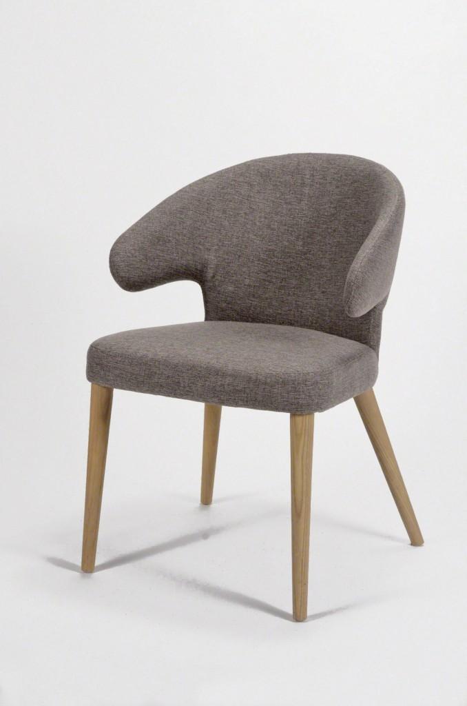 esszimmerstuhl curvo design stuhl mit stoffbezug und eichengestell. Black Bedroom Furniture Sets. Home Design Ideas