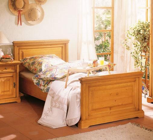 bett victoria 90 x 200 fu teil hoch fichte massiv. Black Bedroom Furniture Sets. Home Design Ideas