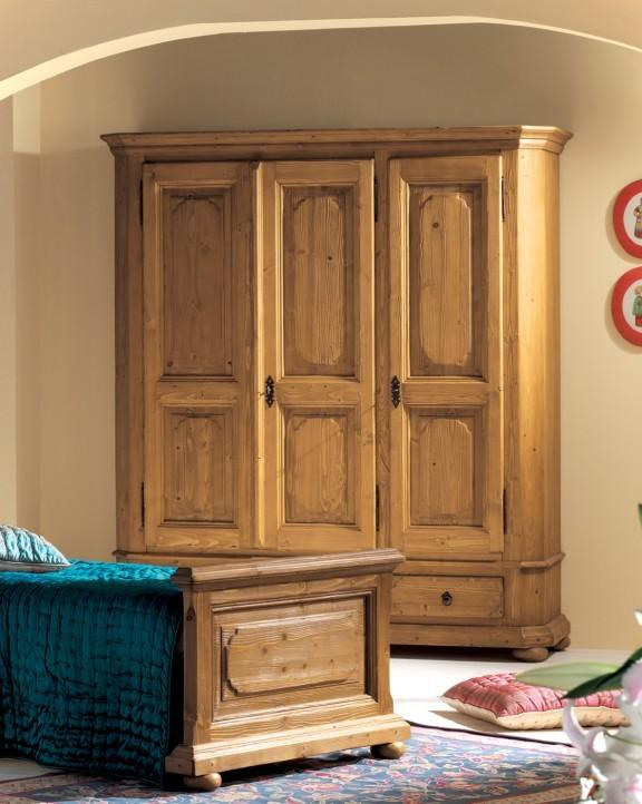 kleiderschrank tegernsee 3 t ren 3 schubladen fichte altholz geb rstet. Black Bedroom Furniture Sets. Home Design Ideas