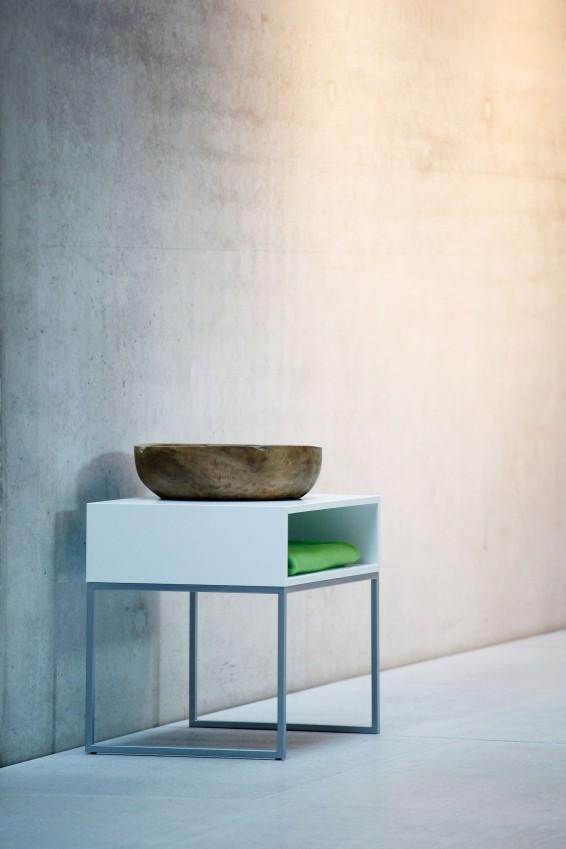 nachttisch dina eiche wei silber von jan kurtz. Black Bedroom Furniture Sets. Home Design Ideas