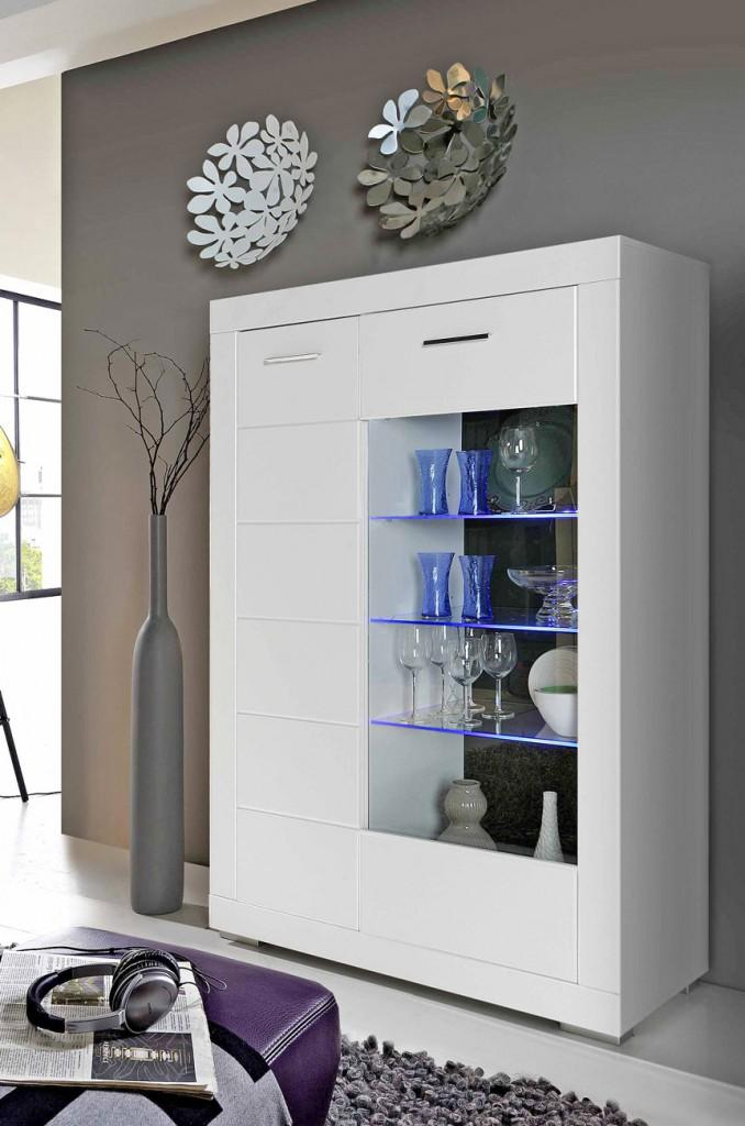 highboard vitrine snow mit beleuchtung 2 t ren wei matt. Black Bedroom Furniture Sets. Home Design Ideas