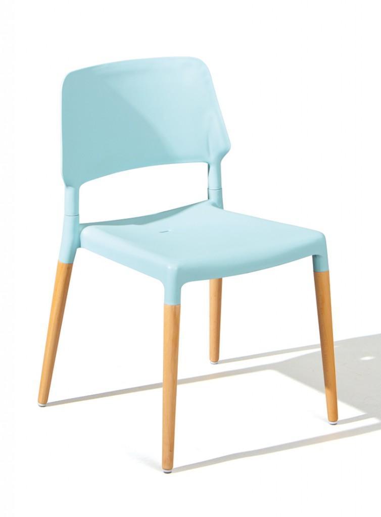Stuhl Stapelstuhl TILDE 4er-Set Kunststoffsitz Hellblau Füße Buche